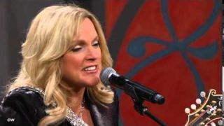 Rhonda Vincent - Satisfied